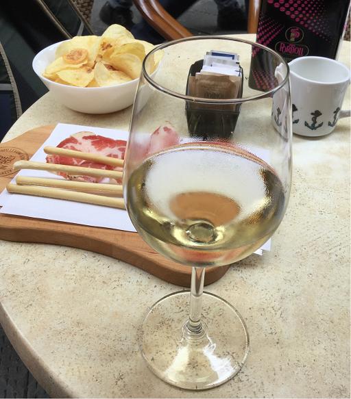 白ワインさん。